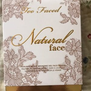 Too Faced Natural Face Highlighter